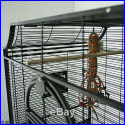 Decorative Bird Cage Antique Style For Finches / Parakeets With Rolling Stand